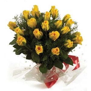 A Bunch of 20 Yellow Roses