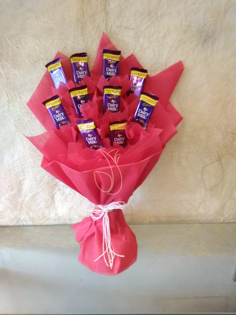 Dairy Milk Chocolate Bunch flowers delivery in Dairy Milk Chocolate Bunch
