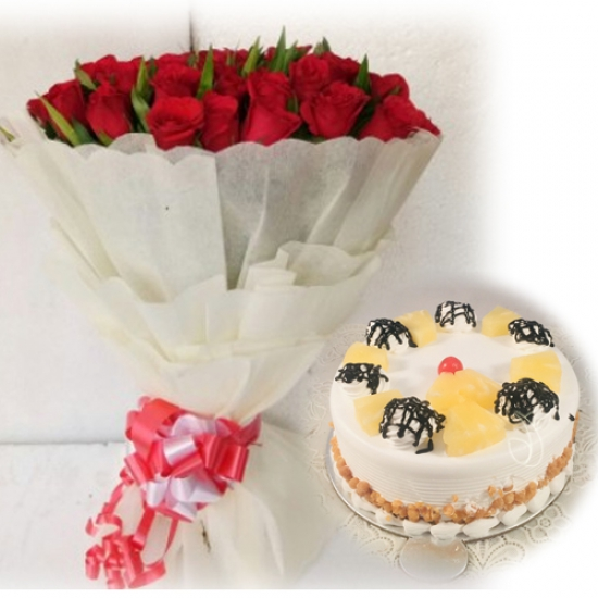 Red Rose & Pineapple Cake