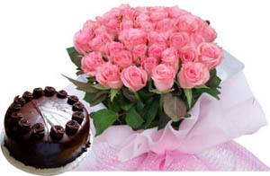 A hand bunch of 25 Pink or Red Roses and 1/2kg chocolate truffle cake