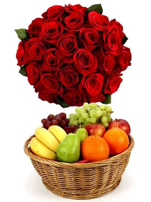 roses with Fresh Fruits