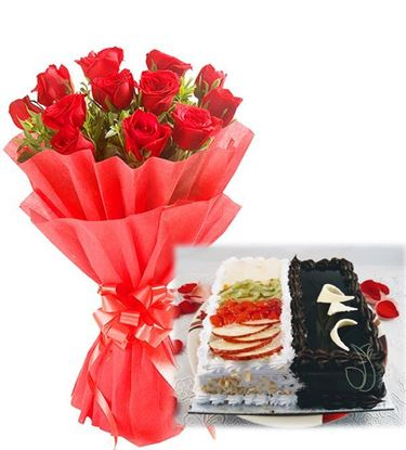 Perfect Combo of Red Roses with Fushion Cake