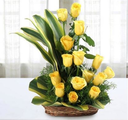 Morning Fresh Yellow Roses Arrangement